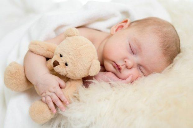 Aprenda-como-fazer-o-bebê-dormir-sozinho