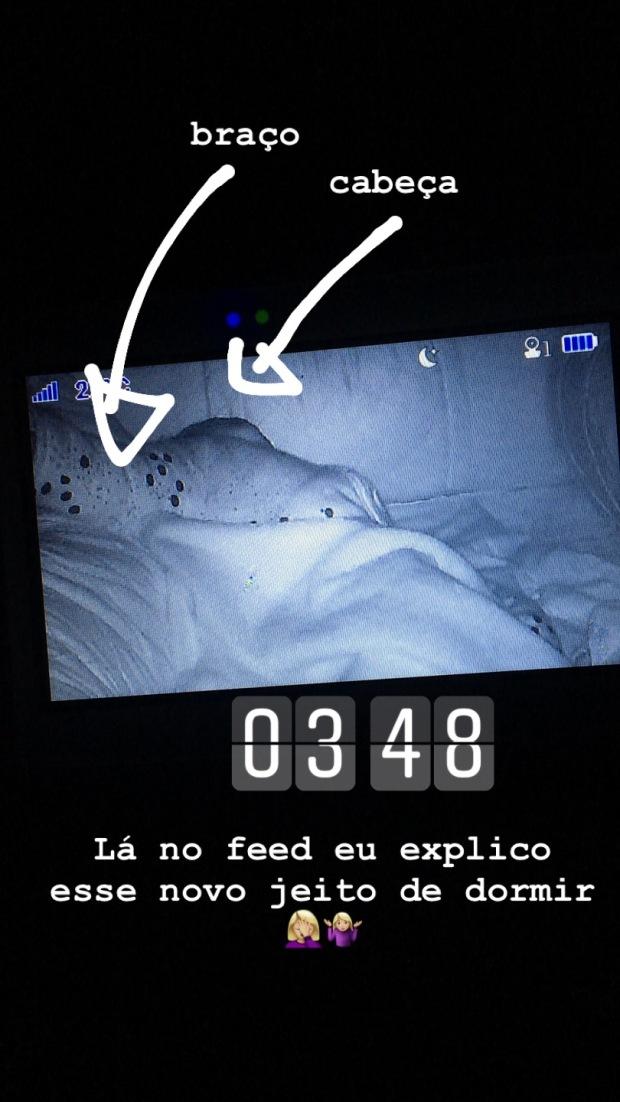 isa dormindo